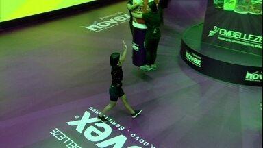Manu é a segunda eliminada da Prova do Líder Carrosel Novex - Manu é a segunda eliminada da Prova do Líder Carrosel Novex