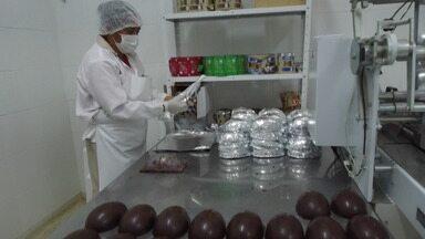 Fábricas de chocolate do sul da Bahia já se preparam para o período da Páscoa - Estimativas apontam um crescimento de 5% das vendas neste intervalo de tempo.