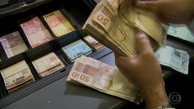 Banco Central anuncia novas medidas para injetar quase R$ 1 trilhão na economia - Para os economistas ouvidos pelo Jornal da Globo, são dois os grandes desafios do governo: ajudar a população mais vulnerável, que pode perder o emprego, e os pequenos e médios empresários.