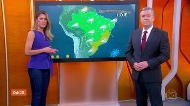 Previsão é de chuva forte no Acre e em Rondônia nesta sexta-feira - No Sudeste, o tempo fica seco e as temperaturas sobem ao longo do dia.