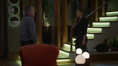 Hugo afirma que se arriscou para salvar Helena - undefined