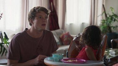 Leila leva Nina à casa de Lígia - undefined