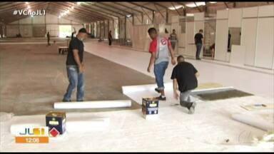 Estrutura de hospital de campanha começa a ser montada em Santarém - Estrutura de hospital de campanha começa a ser montada em Santarém