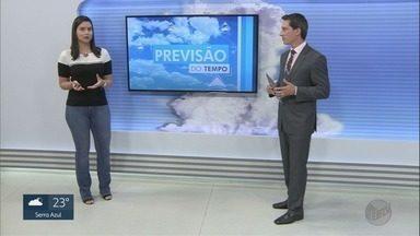 Fenômeno Superlua Rosa impressiona moradores da região de Ribeirão Preto - Confira a previsão do tempo para esta sexta-feira (10).