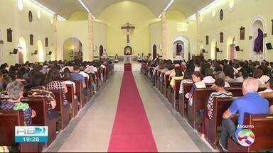 Igrejas celebram Semana Santa de portas fechadas - Pandemia do novo coronavírus fez ritos mudarem.