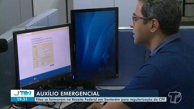 Santarenos formaram fila na Receita Federal para regularizar o CPF - Filas não são recomendadas por conta da pandemia de coronavírus.