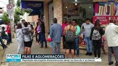 Bancos de Caratinga e Ipatinga desrespeitam distanciamento entre clientes - Para dificultar propagação do coronavírus, autoridades de saúde recomendam que é preciso evitar aglomerações.