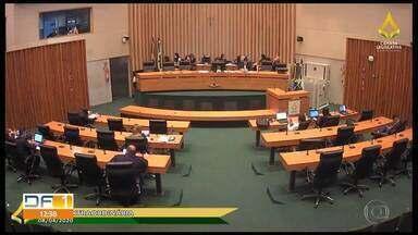 Deputados aprovam projeto que dá desconto em mensalidade das escolas - Assunto vai para sanção do governador. Veja as regras.