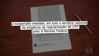 Justiça derruba a exigência de CPF para quem precisa receber o auxílio emergencial - O Tribunal Regional Federal da 1ª Região, em Brasília, atendeu a um recurso do governo do Pará para suspender a exigência do CPF regular para o recebimento do benefício. A decisão é para todo o país, mas ainda não está valendo.