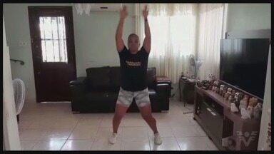 Árbitra de boxe da Rio-2016 fala sobre exercícios usando o peso corporal - Marcela Souza mandou um vídeo para o Tribuna Esporte.