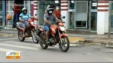 Compartilhamento de capacete passa a ser proibido em Araguaína; entenda regra - Compartilhamento de capacete passa a ser proibido em Araguaína; entenda regra