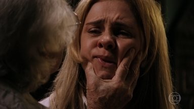 Santiago abriga Carminha e age como um tirano, exigindo que ela o obedeça - Betânia oferece apoio a Lucinda e se surpreende quando ela vai embora com Nilo