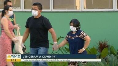 Em Manaus, pacientes que venceram a Covid-19 recebem alta de hospital - Eles estavam internados no hospital de campanha.