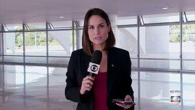 """Boletim: Ministro do STF suspende nomeação de Alexandre Ramagem para direção-geral da PF - Alexandre de Moraes é o relator de mandado de segurança impetrado pelo PDT no Supremo Tribunal Federal para cancelar a escolha de Ramagem para o comando da Polícia Federal. O partido alegou que houve """"desvio de finalidade"""" porque Sergio Moro, então ministro da Justiça, deixou o cargo acusando Bolsonaro de interferir politicamente em investigações da PF."""