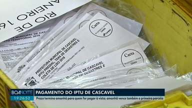 Termina amanhã o prazo para pagar à vista ou a 1ª parcela do IPTU em Cascavel - No mesmo carnê, os moradores também receberam a cobrança da taxa de coleta de lixo, proteção à desastres e contribuição de iluminação pública.
