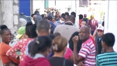 Prefeitura de São Paulo estuda endurecer regras de isolamento social - Aumento acentuado no número de casos e de mortes nos últimos dias motivou a decisão. O índice de isolamento na cidade está caindo perigosamente: chegou a 48% nesta quarta (29).