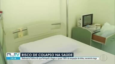 Relatório mostra leitos com quase cem por cento de ocupação em Petrópolis, no RJ - Secretaria de Saúde nega, mas admite problemas com o funcionamento de alguns equipamentos.