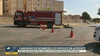 Motociclista fica ferido após bater contra caminhão dos Bombeiros em avenida de Campinas - Acidente foi na Avenida Francisco de Angelis, na Vila Marieta.