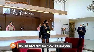 Nova Petrópolis reabre a rede hoteleira neste fim de semana - Hoteis podem funcionar apenas com a metade da capacidade, além de disponibilizar álcool gel e máscaras para funcionários e hóspedes.