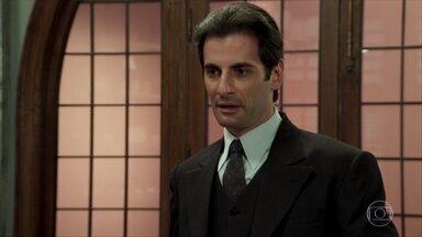 Araújo aconselha Anastácia a procurar a família que criou Candinho - Pancrácio pede esmola na porta da igreja e Sandra fica com a impressão de que o conhece de algum lugar