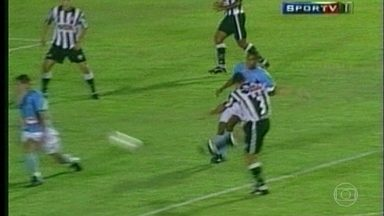 "Top 3 com Sandro, ""o zagueiro dos gols bonitos"" - Top 3 com Sandro, ""o zagueiro dos gols bonitos"""
