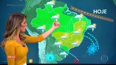 Frente fria provoca chuva no Sul do país nesta terça-feira - No Sudeste e no Centro-Oeste, o tempo fica firme.