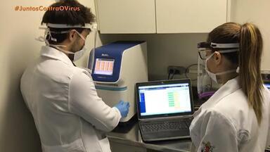 Pesquisadores se dedicam a criar soluções para combater o avanço do coronavírus - Profissionais conseguiram reduzir custos dos testes para a doença.