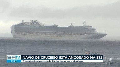 Transatlântico vindo do Caribe faz parada em Salvador para abastecer - O navio estava ancorado na BTS, nesta quarta-feira (6).