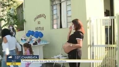 Professora grávida ganha charreata, um chá de bebê à distância - Charreata aconteceu em Registro, no Vale do Ribeira.