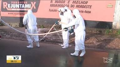 Espaços públicos são higienizados em Paço do Lumiar - Agentes de sanitização percorreram ruas, avenidas, praças, pontos de ônibus e unidades de saúde da cidade.
