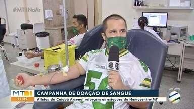 Jogadores do Cuiabá Arsenal doam sangue no Hemocentro - Jogadores do Cuiabá Arsenal doam sangue no Hemocentro.