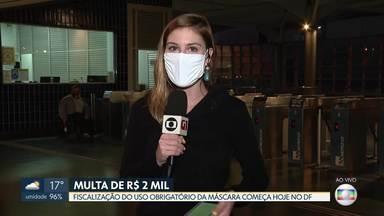 Cobrança de multa para quem não usar máscaras no DF começa hoje - O Bom Dia DF foi à Estação Central de Ceilândia para saber como está a distribuição e o uso das máscaras. Quem não cumprir a norma pode pagar multa mínima de R$ 2 mil.