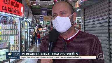 Funcionamento de lojas do Mercado Central de BH - Saiba como foi o primeiro dia de abertura de estabelecimentos que estavam fechados por causa da pandemia do coronavírus.