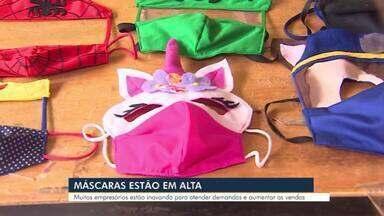 Empreendedoras inovam na produção de máscaras - O item de segurança tem ganhado espaço com inovações e criatividade, inclusive entre as crianças.