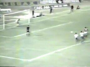 Zico perde pênalti em Maceió, contra o CSA - Galinho desperdiça cobrança, mas Flamengo goleia por 4 a 0
