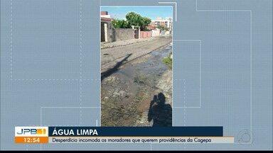 Moradora flagra desperdício de água potável - Vídeo foi enviado por telespectadora.
