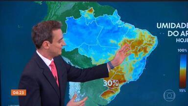 Previsão é de chuva do litoral da Bahia até Sergipe nesta quarta-feira - No Norte do país, a previsão é de pancadas de chuva mais isoladas.
