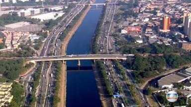 """Começa feriado prolongado na cidade de São Paulo - O objetivo da proposta é aumentar o isolamento social por meio de um """"feriadão"""". Tentativa para conter o crescimento acelerado de casos de Covid-19."""