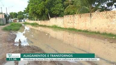 Lama e falta de asfalto no bairro Silvio leite são motivos de reclamação - Moradores do bairro Silvio Leite cobram melhorias e asfalto em rua do bairro.
