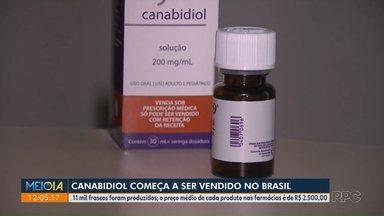 Canabidiol começa a ser vendido no Brasil - 11 mil frascos foram produzidos; o preço médio de cada produto nas farmácias é de R$ 2.500,00.