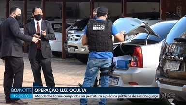 Operação policial mira fraude em licitação de mais de R$ 10 milhões em Foz do Iguaçu - Ação foi batizada de 'Luz Oculta'. 25 mandados judiciais foram cumpridos pela Polícia Civil.