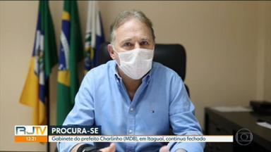 Vereadores tentam há um mês notificar prefeito de Itaguaí sobre processo de cassação - Servidores tentaram entregar a notificação ao prefeito Charlinho (MDB) nesta sexta-feira (22), mas não conseguiram.