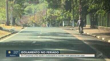 Com feriado e baixas temperaturas, Campinas tem pouco movimento nas ruas - Adiantamento do feriado estadual de 9 de julho favoreceu isolamento do município.