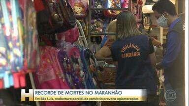 Coronavírus: Parte do comércio reabre em São Luís, no Maranhão - Com isso, as pessoas voltaram a se aglomerar nas ruas. Os números de casos e mortes por Covid-19 batem recordes no estado.