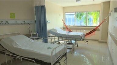 Amazonas inaugura ala hospitalar para tratamento de índios com a Covid-19 - Ministro interino da saúde, Eduardo Pazuello, visitou as instalações.