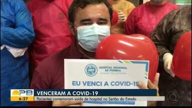 Coronavírus; paraibanos comemoram a saída de hospital no Sertão do Estado - Confira os detalhes na reportagem de Waléria Assunção.