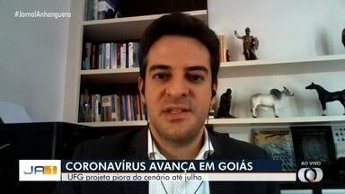 Secretário de Saúde avalia avanço da Covid-19 em Goiás - Pesquisa da UFG aponta que, caso o isolamento social não seja respeitado, estado pode ter até 6 mil mortes até julho.