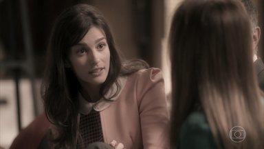 Lili chora ao lembrar de Sofia - A empresária se dá conta de que precisa voltar ao trabalho