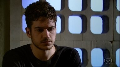 Juan se assusta com as confissões de Rafael - undefined