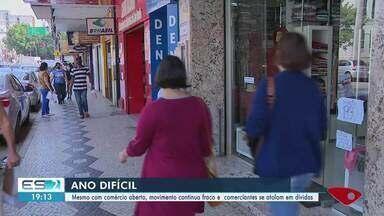 Mesmo com comércio aberto, movimento continua fraco em Cachoeiro, ES - Confira na reportagem.